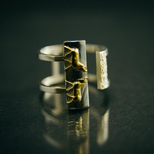 Кольцо с быками
