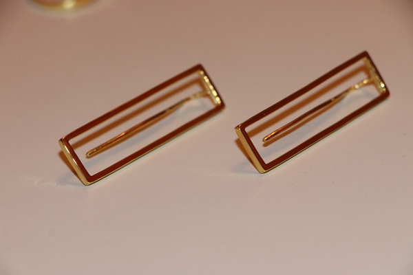 Earrings F001