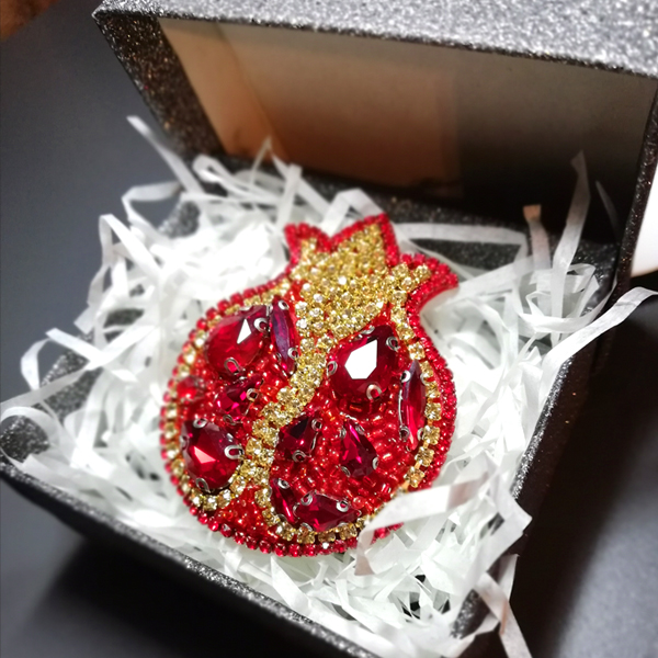 Brooch Pomegranate