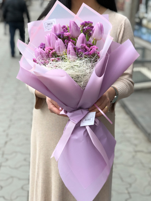 "Bouquet Of Tulips ""Malva"""